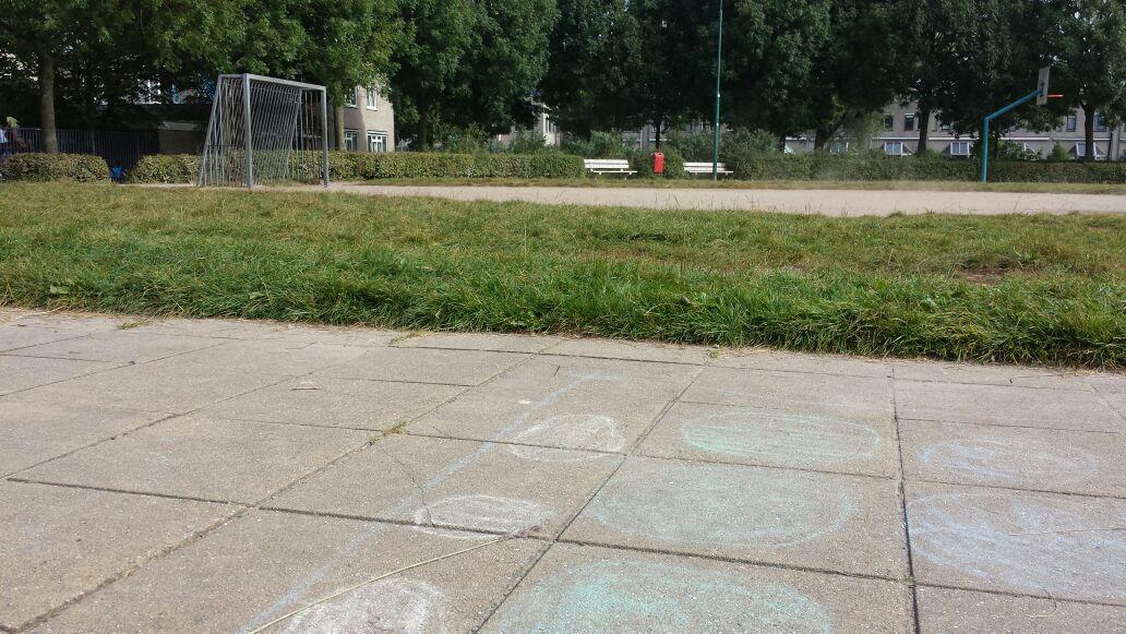 Onderhoud speelveld bij Cramerlaan.
